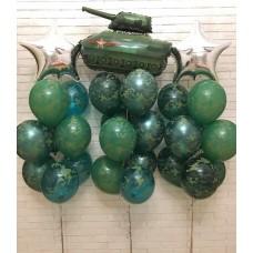 Фонтаны из комуфляжных шаров+ танк