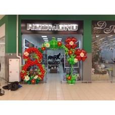 Оформление шарами магазина к 8 марта